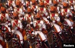 印度军人在2018年1月26日印度新德里的共和国日阅兵中。