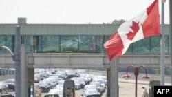 Граница Канады и США в Ниагара-Фоллс, провинция Онтарио