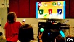 Anak-anak bermain permainan video PE yang dikembangkan para ahli di Universitas Utah. (Foto: University of Utah)