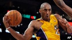 گزارش تصویری: ۱۲ عکس از دوران بازیگری «کوبی برایانت» بسکتبالیست سرشناس آمریکا که یکشنبه درگذشت