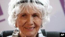노벨문학상을 수상한 캐나다 출신 소설가 앨리스 먼로. (자료사진)