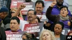 Los fiscales dicen que en caso de que el gobierno de Trump no anule el DACA, presentarán su demanda en la corte en Brownsville, Texas.