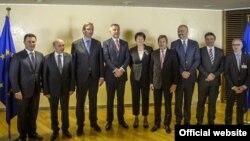 Premijeri zemalja Zapadnog Balkana sa evropskim komesarima na sastanku u Briselu (gov.me)