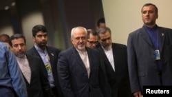 Phái đoàn Iran đến dự cuộc họp của các ngoại trưởng Đại diện cho Nhóm P5+1 (gồm 5 nước ủy viên thường trực Hội đồng Bảo an Liên hợp quốc là Nga, Trung Quốc, Mỹ, Pháp, Anh và Đức) tại New York hồi tháng 9/2013.