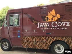 Food Truck Java Cove milik warga Indonesia di Washington, DC (Dok: VOA)