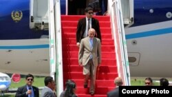 رئیس جمهور غني هنګام سفرش به استرالیا، اندونیزیا و سنګاپور توافقنامه های را در بخش های مختلف با مقامهای حکومتی آن کشورها امضا کرد.