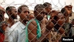 Polisi Saudi menangkap 561 orang perusuh imigran asal Ethiopia di kawasan Manhoufa, Riyadh hari Sabtu 9/11 malam (foto dok: imigran Ethiopia di Saudi).