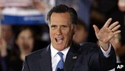Le candidat républicain Mitt Romney devant ses partisans mardi soir à Boston, dans le Massachusetts, 15 août 2012.