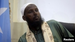 Former al-Shabab leader Mukhtar Robow, also known as Abu Mansour, attends a news conference in Mogadishu, Somalia, Aug. 15, 2017.