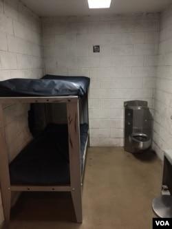 美国监狱号子(美国之音海涛拍摄)