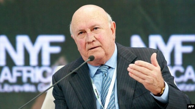 This picture taken June 14, 2013 shows former South African president FW de Klerk speaking during an economic forum in Libreville, South Africa. The country's last apartheid-era president was hospitalized on July 2, 2013 to receive a pacemaker.