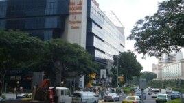 Trung tâm thương mại ở Quảng trường Sim Lim, Singapore.