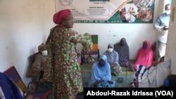 """Chérifatou Agoumou, une """"""""héroïne du quotidien"""" au Niger, le 20 août 2020. (VOA/Abdoul-Razak Idrissa)"""