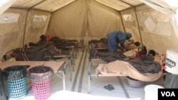 Cholera patients are seen isolated at Budiriro clinic in Harare, Zimbabwe, Sept. 11, 2018. (C. Mavhunga/VOA)