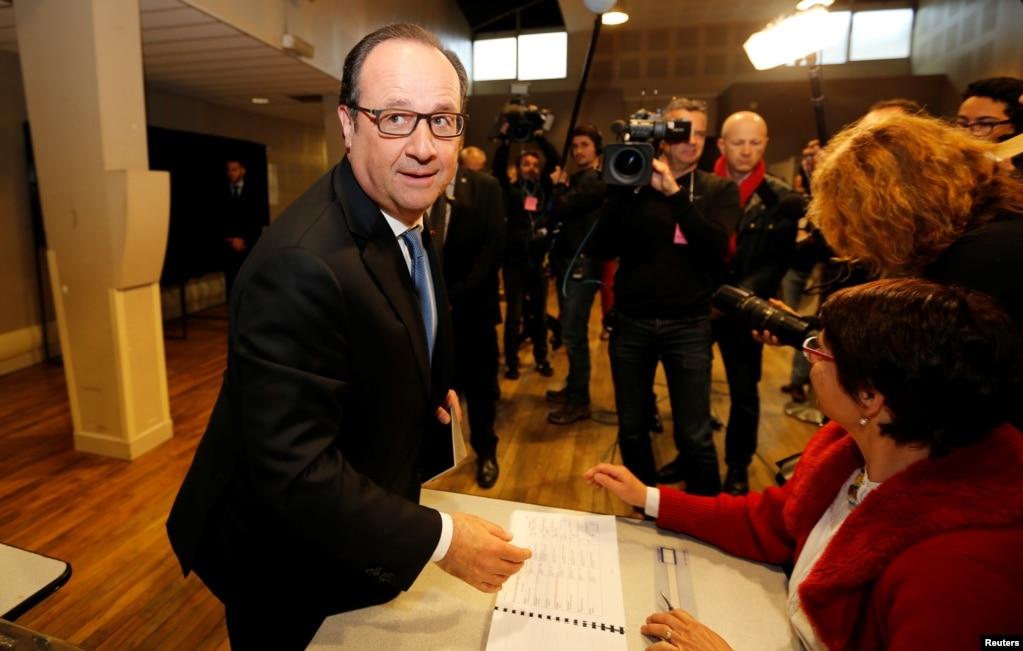 5月7日,法國總統奧朗德( Francois Hollande) 投票