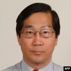 政大国关中心研究员丁树范教授