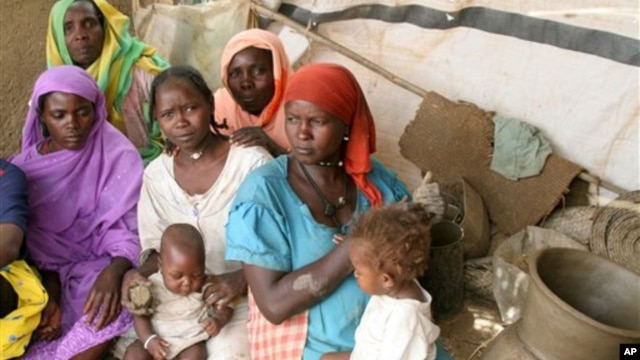 Konflik etnis telah mengakibatkan puluhan ribu orang keluar dari Darfur untuk mengungsi (foto: dok).