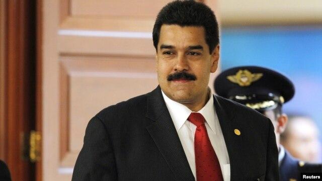 El vicepresidente y canciller venezolano Nicolás Maduro recibió llamada de Chávez desde La Habana, este 24 de diciembre.