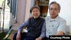 Nhà văn Võ Phiến và Nguyễn Hưng Quốc.