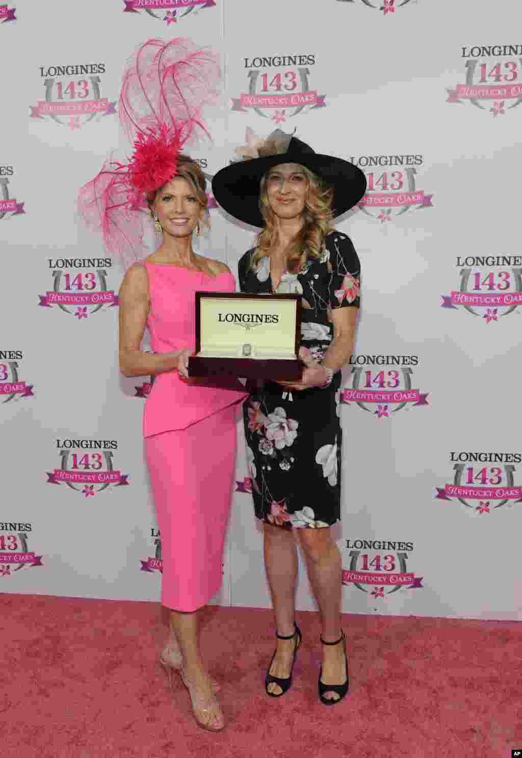 Stefi Graf dhe fituesja e sivjetshme e konkursit të modës, Krista Rosenberg