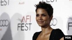 La actriz ganadora del Oscar renunció a un papel en New Year's Eve.
