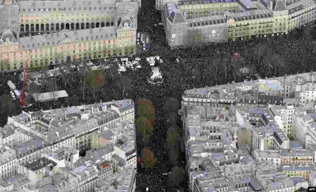 "Aerial view of the Unity rally ""Marche Republicaine"" at the Place de la Republique in Paris, France, in tribute to the 17 victims of a three-day killing spree by homegrown Islamists."