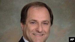 美國眾議員卡普阿諾 (美國國會圖片)