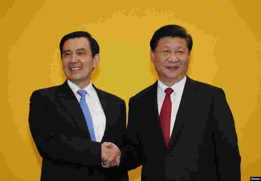 چین اور تائیوان کے رہنماؤں نے 66 برسوں میں پہلی بار براہ راست ملاقات کی۔