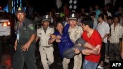Kamboçya'da Şenlik Felakete Dönüştü
