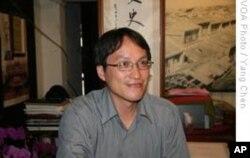 他叫陈仕贤,研究古墓、台湾历史、妈祖