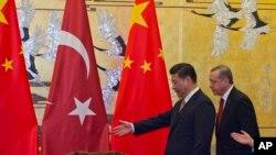 中國國家主席習近平星期四在北京人民大會堂會見了埃爾多安。