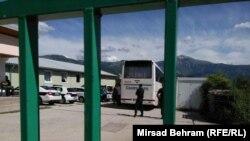 Migranti i izbjeglice stigli u izbjeglički centar u Salakovcu, 18. maja.