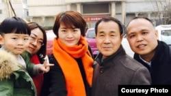 王峭岭(左起)、李文足、程海律师、余文生律师2月27日再赴天津被拒会见(网络图片)