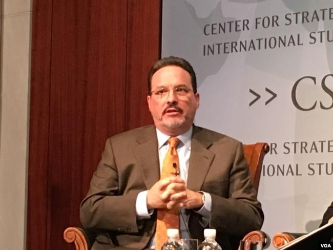 戰略與國際研究中心亞洲研究副總裁格林(美國之音鐘辰芳拍攝)