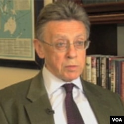 نیگل انکستر سابق معاون ادارۀ استخبارات بریتانیا