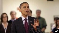 Presiden Amerika Barack Obama kembali melanjutkan kampanyenya ke negara bagian Wisconsin, Nevada dan Colorado setelah beberapa saat menghentikan aktivitas menjelang pemilu AS ini akibat terpaan badai Sandy di New Jersey dan New York (Foto: dok).