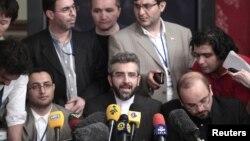 Los negociadores iraníes dijeron a la prensa que la reunión fue constructiva pero no hay ninguna señal de progreso.