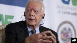 """El exmandatario Jimmy Carter durante la conferencia anual de la Corporación Andina de Fomento (CAF), Banco de Desarrollo de América se mostró """"muy complacido"""" con los diálogos de paz que inició el gobierno colombiano con las FARC."""