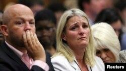 Des membres de la famille de Reeva Steenkamp lors du procès de Pistorius, en Afrique du Sud, le 12 septembre 2014.