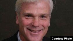 ၿဗိတိန္ႏုိင္ငံက ႏိုင္ငံတကာ ဖြံ႔ၿဖိဳးေရးဝန္ႀကီးသစ္ Desmond Swayne (ဓာတ္ပံု - http://www.conservatives.com/OurTeam/Members_of_Parliament/Swayne_Desmond.aspx)