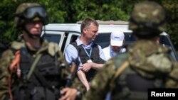 歐洲安全與合作組織專家小組抵達墜機現場