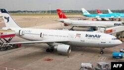 네덜란드 암스테르담 국제공항에 '이란에어' 소속 에어버스 A300 여객기가 서 있다. (자료사진)