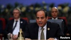 Mısır Cumhurbaşkanı Sissi ülkesindeki idamları savundu ve Avrupa'yla Arap dünyası arasında kültür farkı olduğunu söyledi.