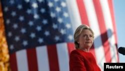 Capres AS Hillary Clinton saat berkampanye di Pittsburgh, Pennsylvania, 7 November 2016.