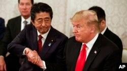 Prezida Trump na Shinzo Abe