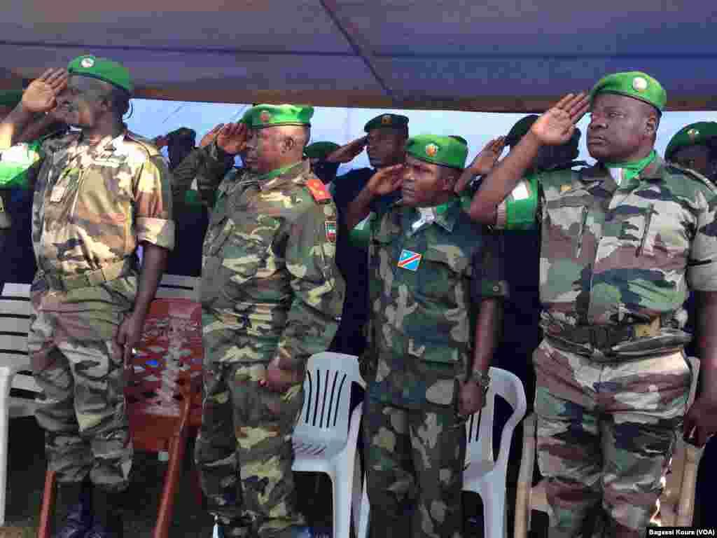 Le 16 avril 2014, le contingent tchadien achève son retrait des forces africaines de la Misca, après avoir été accusé par l'ONU d'avoir tiré sur des civils tuant ainsi 24 personnes.