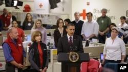 Tổng thống Obama phát biểu tại trụ sở của Hội Chữ Thập đỏ ở Washington, ngày 30/10/2012