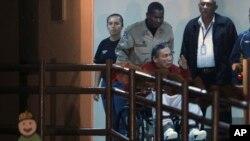Noriega fue recluido en una cárcel cercana al Canal de Panamá inmediatamente después de su repatriación desde Francia en diciembre de 2011 para que pagase varias condenas por asesinatos de opositores.