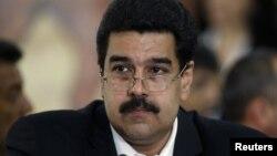 Nicolás Maduro dijo que UNASUR y CELAC son los llamados a vigilar los derechos humanos en el hemisferio.