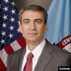 Dr. Isidro Sepúlveda - Experto en temas de seguridad y terrorismo